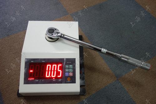 便携式液压扭力矩扳手校验仪图片