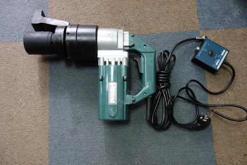 200-600N.m可调试电动扭矩扳手
