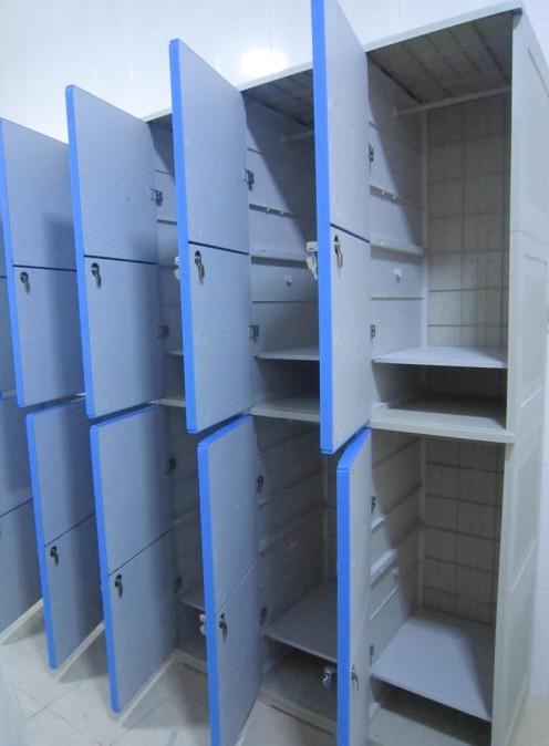 ABS防水更衣柜