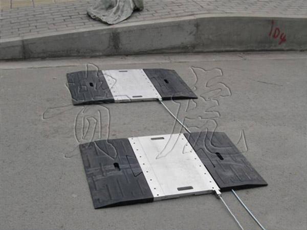 杭州动态汽车衡,便携式动态汽车衡,动态汽车称重仪